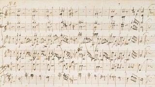 ?莫扎特少年乐谱手稿323万落槌