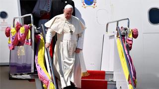?教皇启和平之旅 先后到访泰国日本