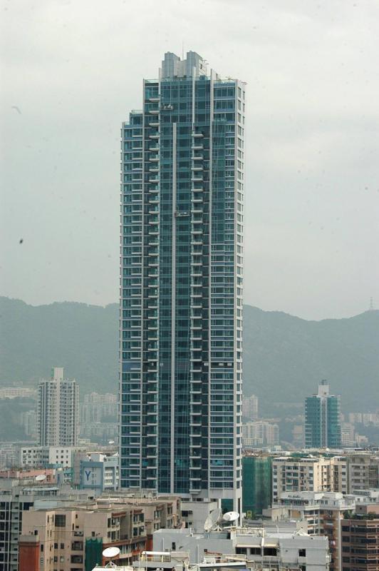 ?灏畋峰相连户1.7亿成交 逆市破顶