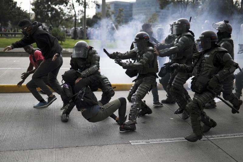 ?哥伦比亚爆示威衝突 36人被捕