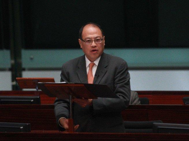 林大輝:港理大實驗室受破壞科研中斷