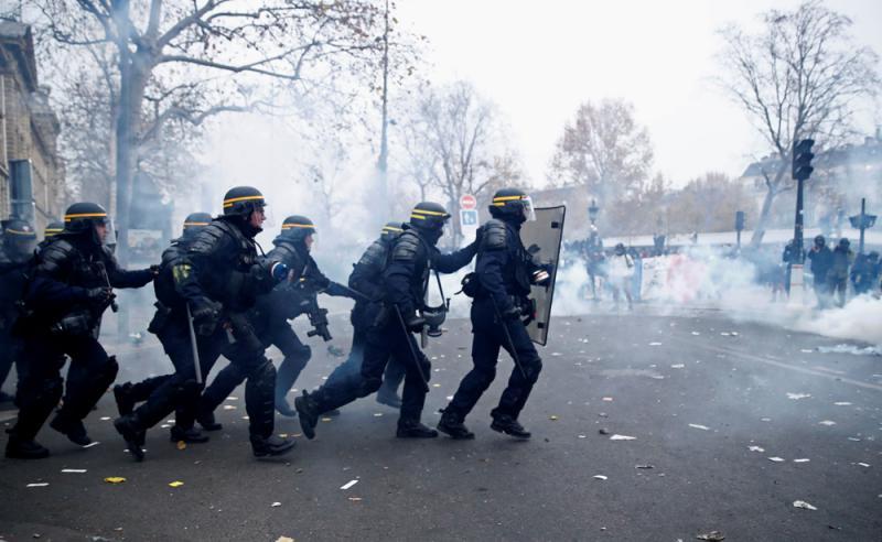 巴黎日常生活停摆 民众斥示威者自私