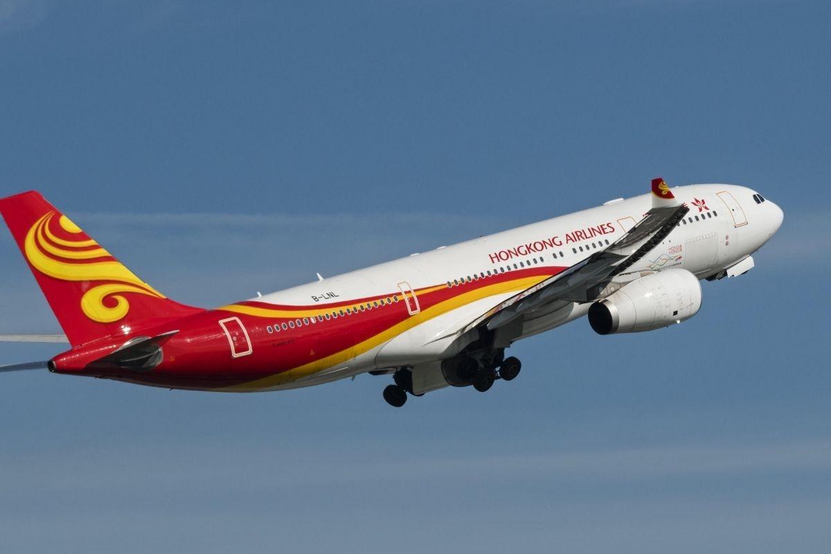 香港航空危机暂时解除 乘客期待港航更好发展