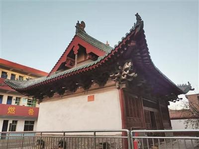 興福寺大殿:「東梁西柱」結構奇 大殿屹立五百年