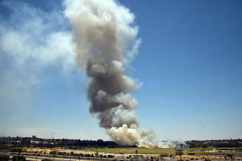 澳州山火释2.5亿吨二氧化碳