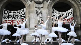 舞者罢工损失大 法提和解方案