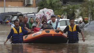 ?暴雨袭雅加达 29死四万人无家可归