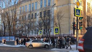俄罗斯远东地区再遭炸弹威胁 多地学校紧急疏散