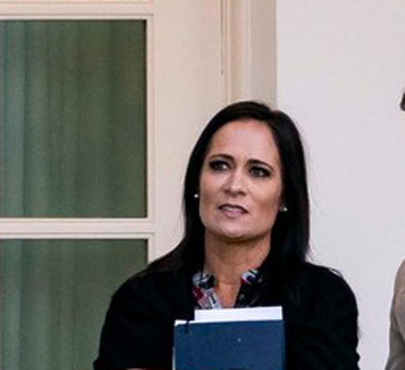 上任半年零场记者会 白宫发言人捱轰
