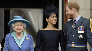 """英女王妥协 支持哈里夫妇""""分家"""""""