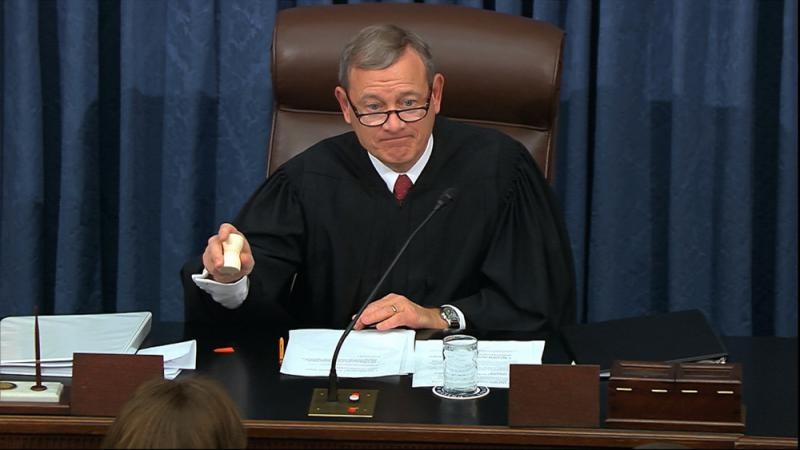 """参院变""""临时法庭"""" 主审官罗伯茨备受关注"""