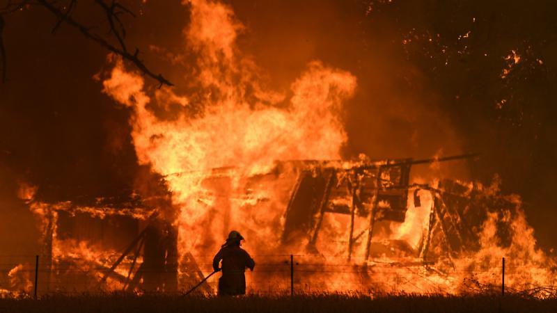 ?山火吓跑遊客 澳洲料损失240亿