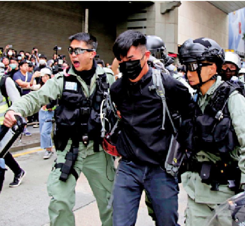 六人涉中环暴乱 16岁男生准保释遊日