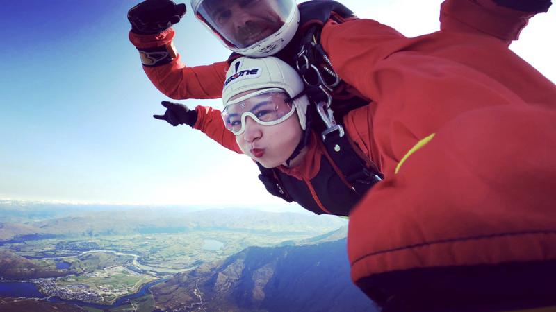 在皇后鎮高空跳傘