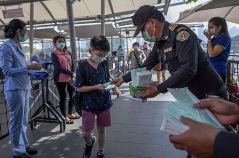 ?多国从武汉撤侨 外交部:保障在华外国人安全