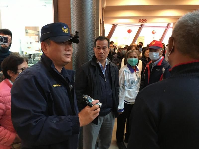?臺南逾百人排隊買不到口罩爆衝突
