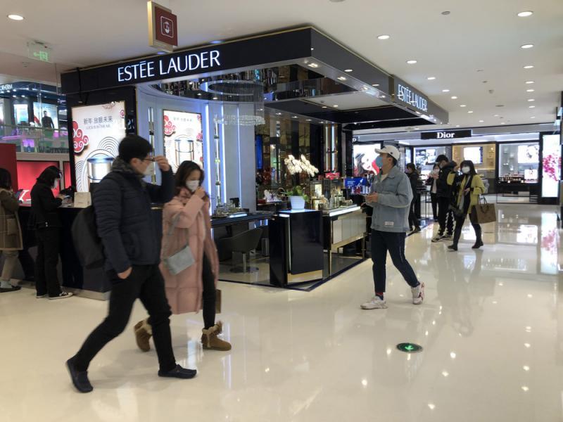 ?中國經濟\杭州商場復開 5句鐘銷售逾千萬