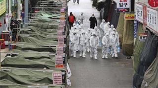 为阻止疫情扩散 韩国或将对疫情爆发地采取封锁措施