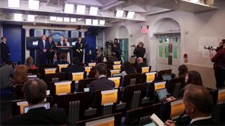 ?白宫记者疑染病 美急缩发布会规模