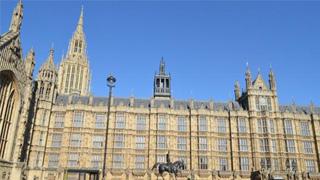 应对新冠肺炎疫情 英国议会将暂时关闭一个月