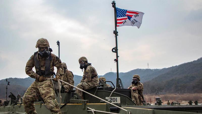 ?逾200士兵确诊 海外美军行动冻结