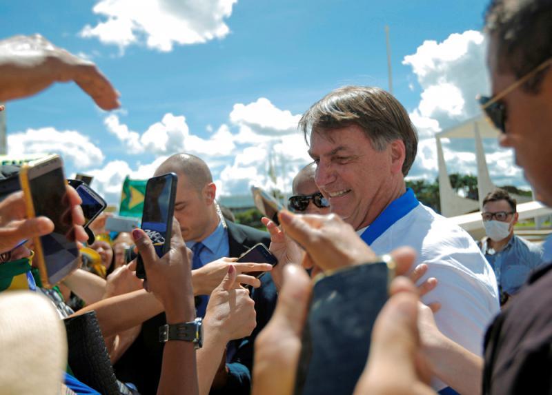 ?转市场断货资讯被打脸 巴西总统道歉