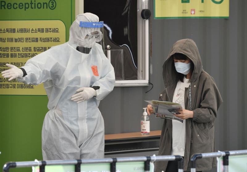 日本单日确诊破百 韩延长社交隔离令两周