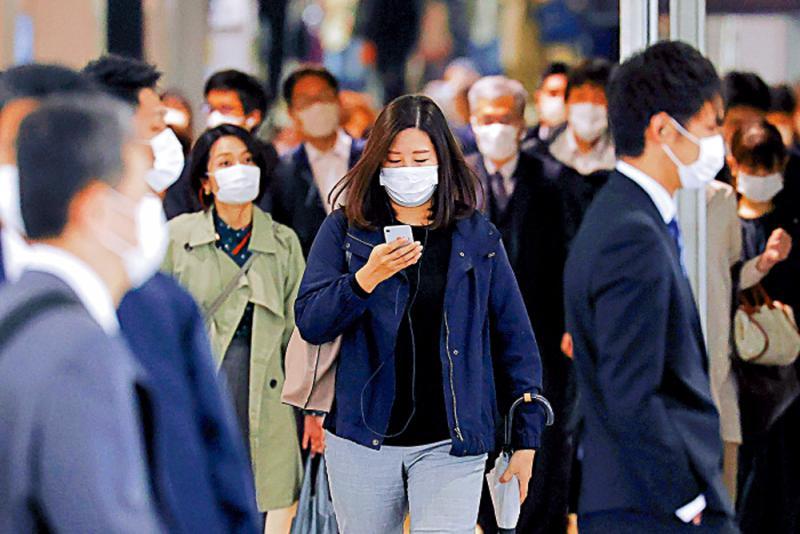 日染疫人数破万 多地医院床位告急