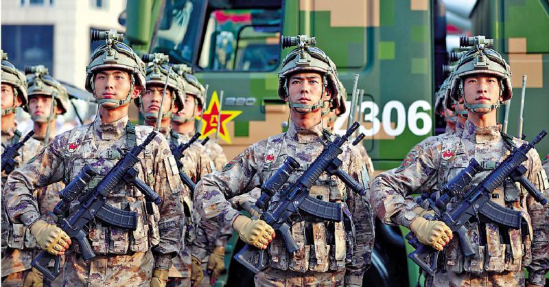 国产单兵新步枪 突击火力猛