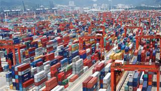 海關總署:前4個月進出口9.07萬億元 4月份出口增長8.2%
