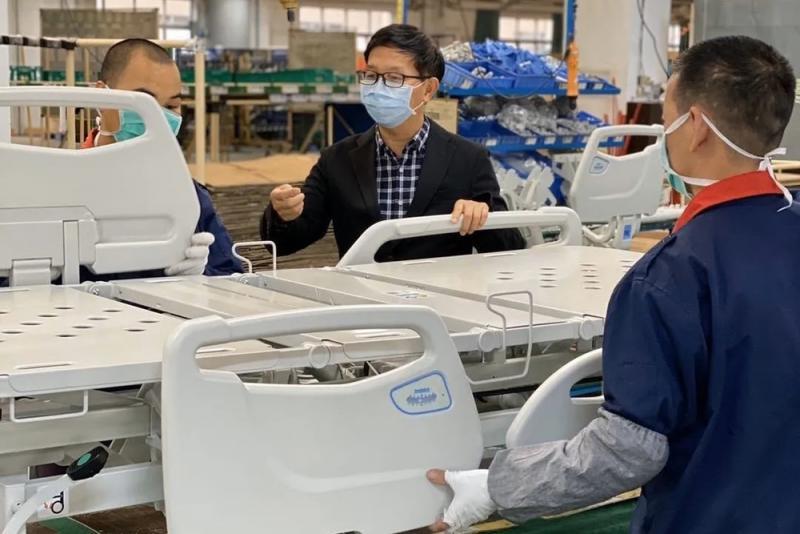 广东台企为全球抗疫开足马力