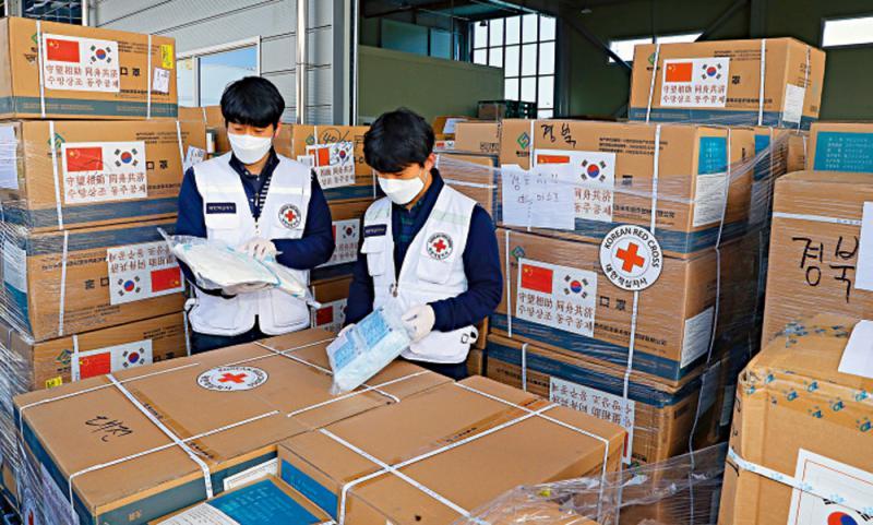 ?中日韩联合抗疫为全球树立样板