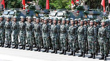 ?驻港部队司令强调:坚决拥护国安立法