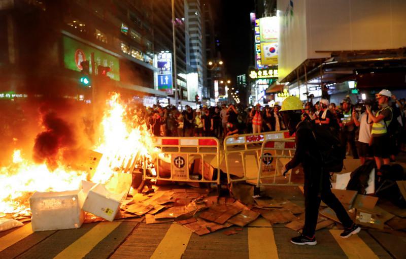"""?香港黑暴\蓬佩奧:""""對自由的渴望"""""""