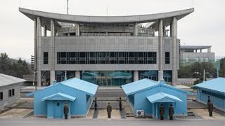 """韩国统一部呼吁民众不要向朝鲜""""放飞""""传单"""