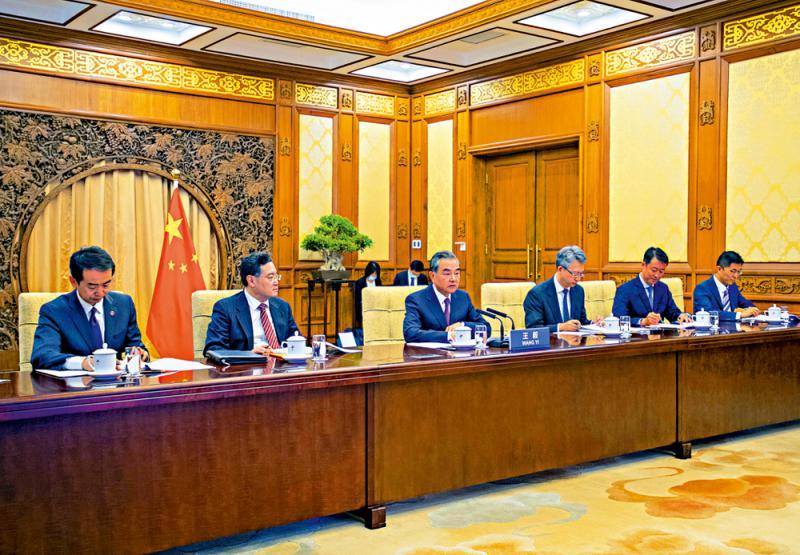 ?王毅促英尊重中方維護國安權利