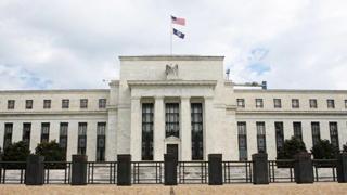 美↑联储维持联邦基金利率目标区间不变
