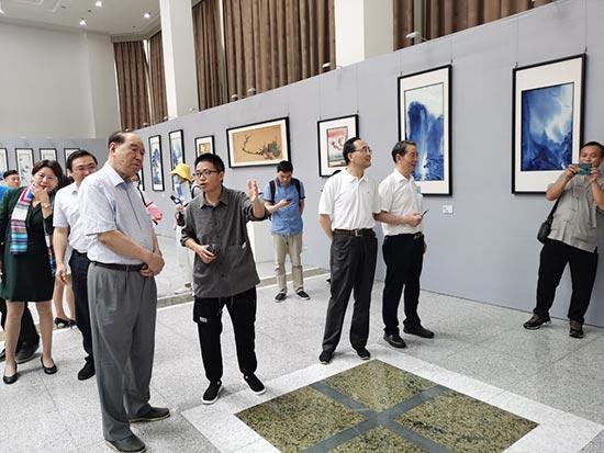 瓷韻匠心 非遺傳承 景德鎮世家孫立新瓷藝作品公益展杭州展出