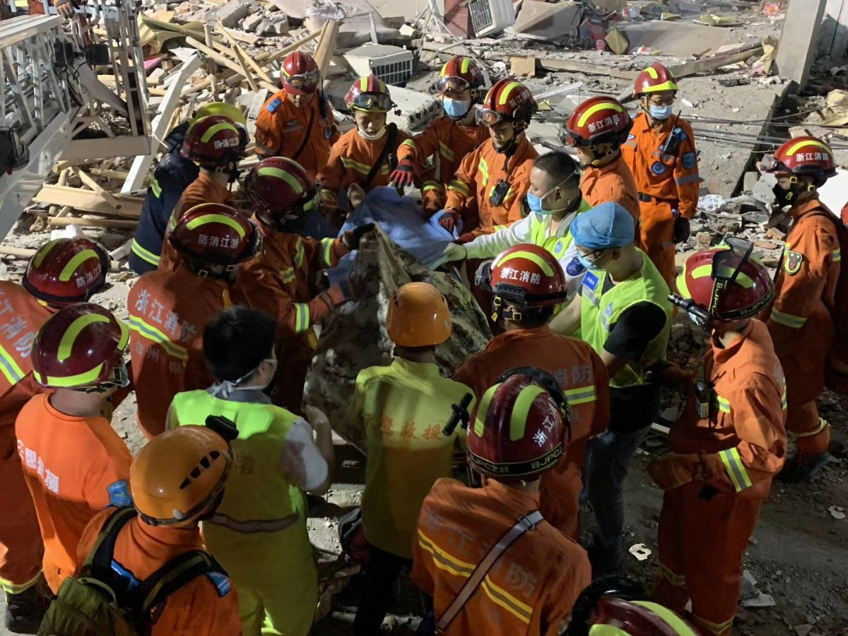 浙江温亚洲电视本港台重播岭槽罐车爆炸事故已造成19人遇难 事故原因正在调查中!