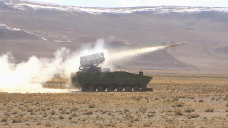 西藏军区实弹演习 4000米高海拔亚视本港台j2锤炼战力