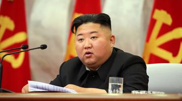 金正恩开会决定朝鲜保留提请怎么可能�碛腥绱丝植蓝院�军事行动计划