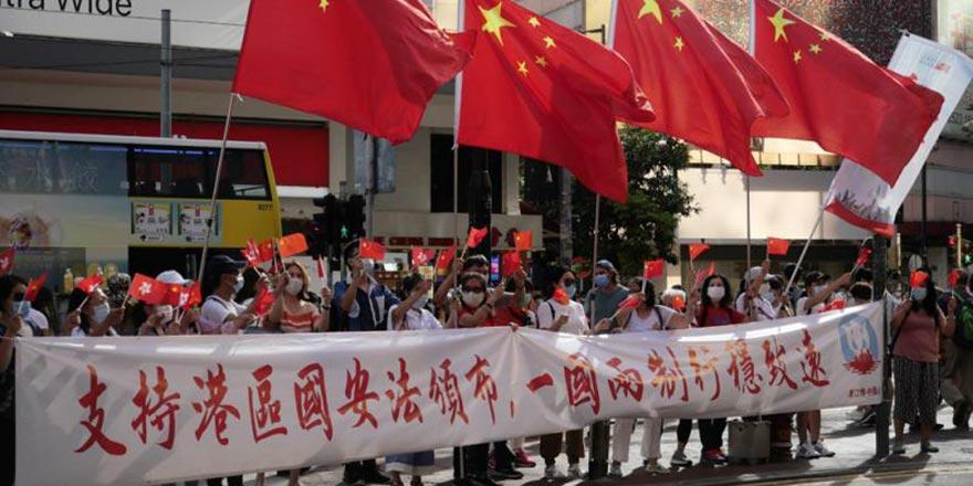 """台湾宣扬""""赴港风险"""" 民众斥当局是作贼心虚"""