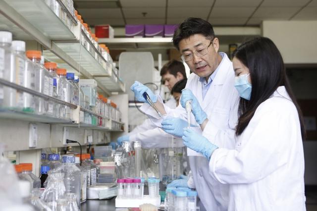 中国疾控中心主任高福当选2020年德国国家科学院院士