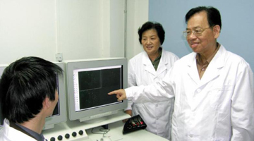 病毒学家曾毅院士逝世 曾分离出中国第一株艾滋病病毒