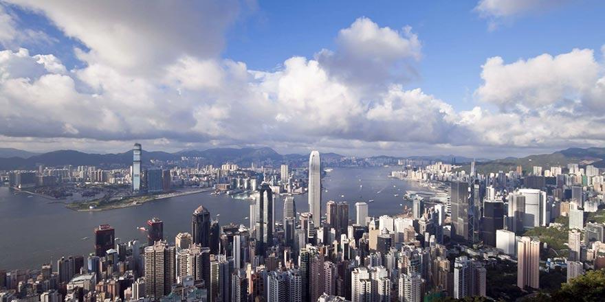 """美方将所谓""""香港自治法案""""签署成法 中方回应"""