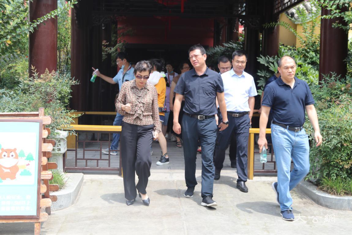 河南省文旅厅党组书记宋丽萍调研中牟文旅企业复工复产工作