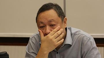 """港大""""毒瘤""""戴耀廷被革职"""