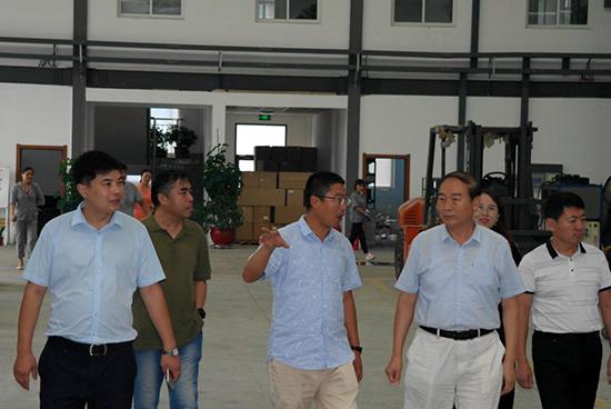 山东省工程师协会建管委赴沃源水处理设备、豪鲁啤酒设备公司调研