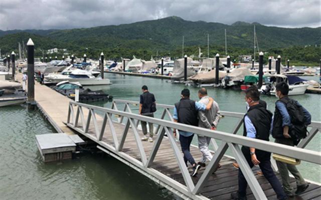 视频 | 黎智英被押往西贡游艇会蒐证
