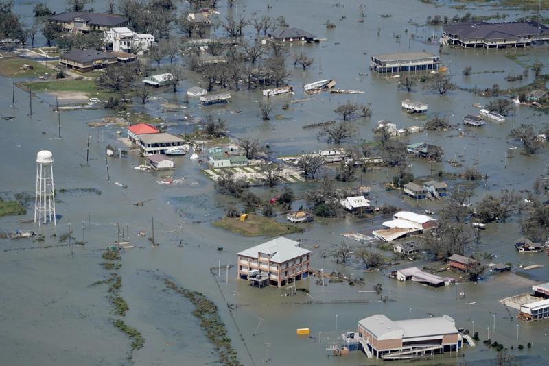?飓风加疫情 美国南部遇双重夹击